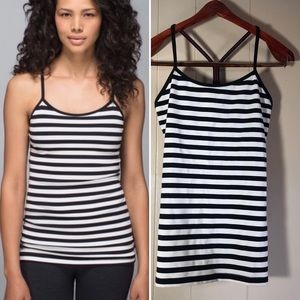 Size 8 lululemon bold stripe power y black white
